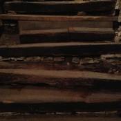 schodisko - detail poškodenia